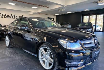 Mercedes-Benz C 180 Coupé AMG SPORTP. ILS AUTOM. NAVI PTS