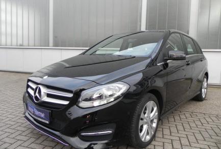 Mercedes-Benz B 180 URBAN 7G-DCT PTS AUDIO 20 CD LICHT u. SI