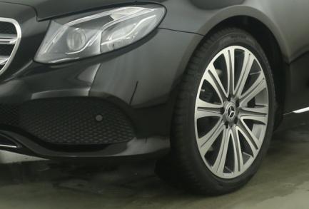 Mercedes-Benz E 250 T-M. AVANTGARDE COMAND MEMORY GSHD BUSINES