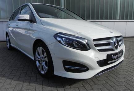 Mercedes-Benz B 180 URBAN 7G LED DISTRONIC PTS NAVI RFK AHK