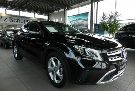 Mercedes-Benz GLA 200 URBAN LED AHK NAVI 7G-DCT EASY-P-HECKK.