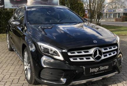 Mercedes-Benz GLA 180 AMG  7G NAVI LED 6d-TEMP SHZ PTS Urban